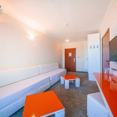 hotel-perla-beach-penthouse-hotelsperla-gallery-06