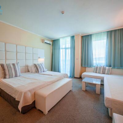 hotel-perla-beach-room-hotelsperla-gallery-05