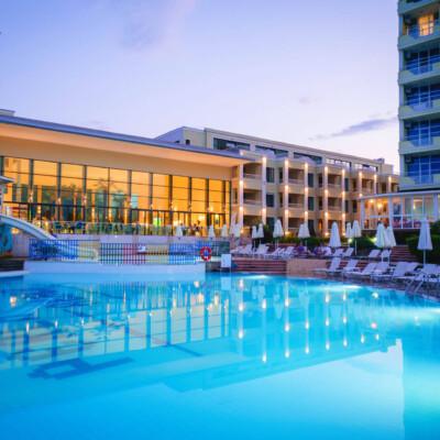 hotel-perla-luxury-fasade=hotelsperla-gallery-11