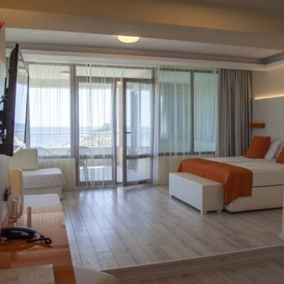 hotel-perla-luxury-room-hotelsperla-gallery-02