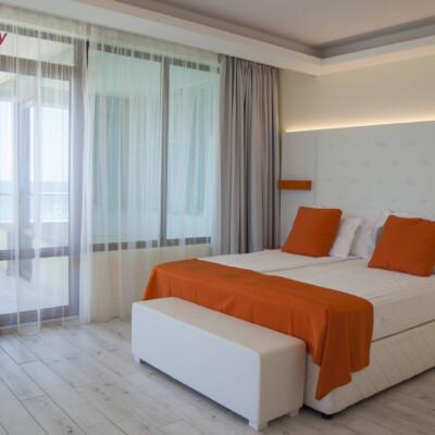 hotel-perla-luxury-room-hotelsperla-gallery-03