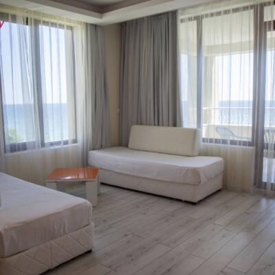 hotel-perla-luxury-room-hotelsperla-gallery-04