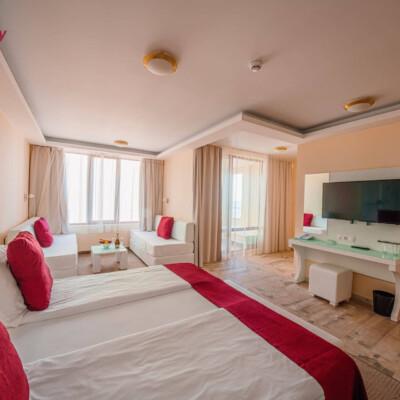 hotel-perla-luxury-room-hotelsperla-gallery-15