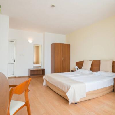 hotel-perla-plaza-apartment-hotelsperla-gallery-02