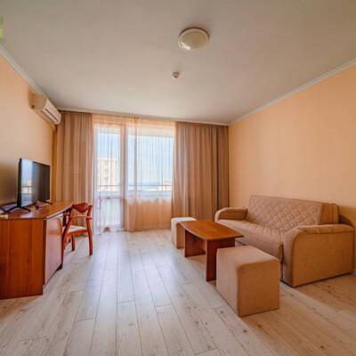 hotel-perla-plaza-apartment-hotelsperla-gallery-04