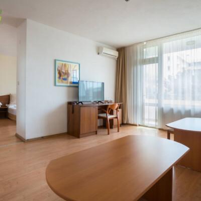 hotel-perla-plaza-apartment-hotelsperla-gallery-10