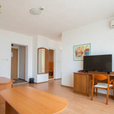 hotel-perla-plaza-apartment-hotelsperla-gallery-11