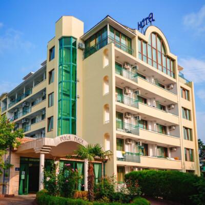 hotel-perla-plaza-fasade-hotelsperla-gallery-01