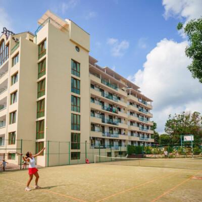 hotel-perla-plaza-fasade-hotelsperla-gallery-05