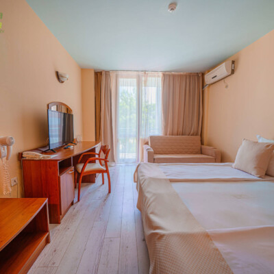 hotel-perla-plaza-room-hotelsperla-gallery-01