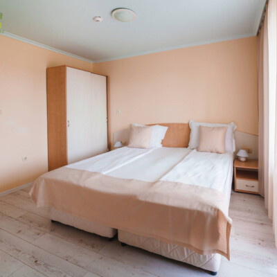hotel-perla-plaza-room-hotelsperla-gallery-04