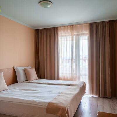 hotel-perla-plaza-room-hotelsperla-gallery-05