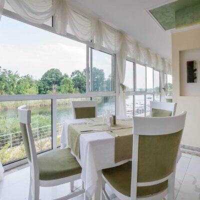 hotel-perla-royal-restaurant-hotelsperla-gallery-01