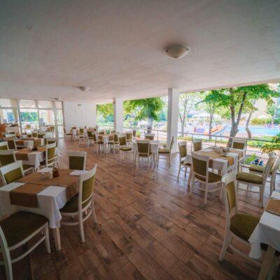 hotel-perla-royal-restaurant-hotelsperla-gallery-06