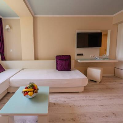 hotel-perla-royal-room-hotelsperla-gallery-07