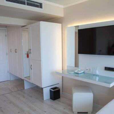 hotel-perla-royal-room-hotelsperla-gallery-11