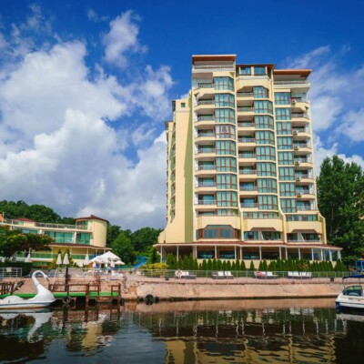 hotel-perla-sun-fasade-hotelsperla-gallery-03