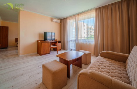 hotel-perla-plaza-apartment-hotelsperla-gallery-05