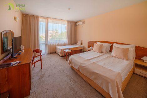 hotel-perla-plaza-room-hotelsperla-gallery-02